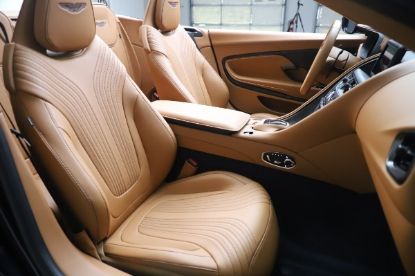 Used 2019 Aston Martin DB11 Volante Convertible for sale $209,900 at Rolls-Royce Motor Cars Greenwich in Greenwich CT 06830 20