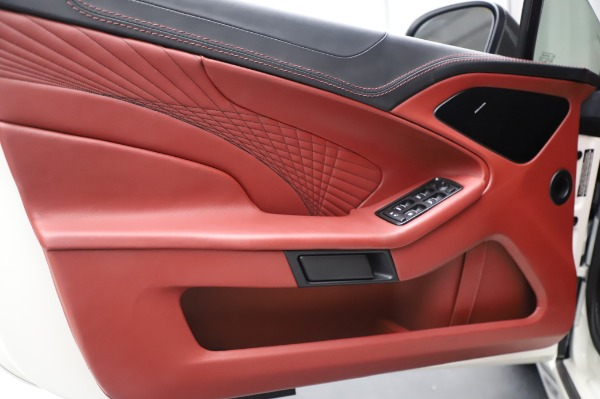 Used 2018 Aston Martin Vanquish S Volante for sale $183,900 at Rolls-Royce Motor Cars Greenwich in Greenwich CT 06830 17