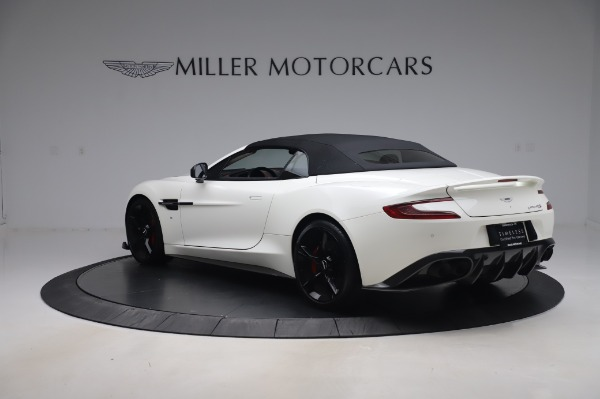 Used 2018 Aston Martin Vanquish S Volante for sale $183,900 at Rolls-Royce Motor Cars Greenwich in Greenwich CT 06830 23
