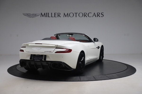 Used 2018 Aston Martin Vanquish S Volante for sale $183,900 at Rolls-Royce Motor Cars Greenwich in Greenwich CT 06830 6