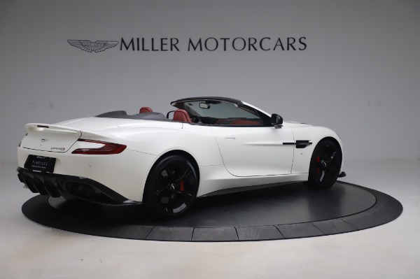 Used 2018 Aston Martin Vanquish S Volante for sale $183,900 at Rolls-Royce Motor Cars Greenwich in Greenwich CT 06830 7