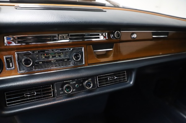 Used 1971 Mercedes-Benz 300 SEL 6.3 for sale $117,000 at Rolls-Royce Motor Cars Greenwich in Greenwich CT 06830 24