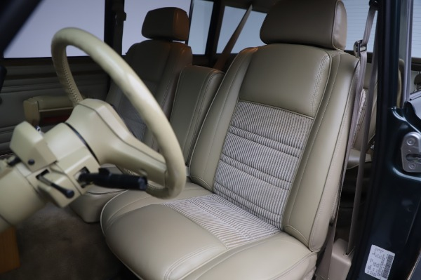 Used 1991 Jeep Grand Wagoneer for sale $89,900 at Rolls-Royce Motor Cars Greenwich in Greenwich CT 06830 14