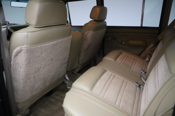 Used 1991 Jeep Grand Wagoneer for sale $89,900 at Rolls-Royce Motor Cars Greenwich in Greenwich CT 06830 15