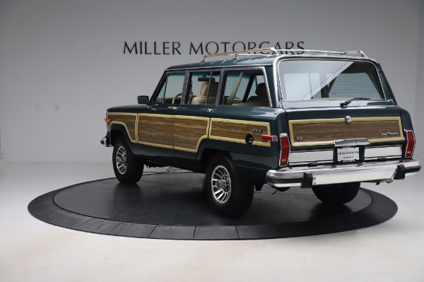 Used 1991 Jeep Grand Wagoneer for sale $89,900 at Rolls-Royce Motor Cars Greenwich in Greenwich CT 06830 5