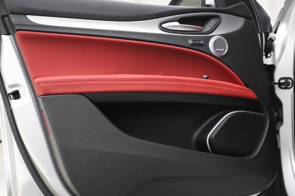 New 2020 Alfa Romeo Stelvio Ti Sport Q4 for sale $53,545 at Rolls-Royce Motor Cars Greenwich in Greenwich CT 06830 17