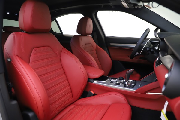 New 2020 Alfa Romeo Stelvio Ti Sport Q4 for sale $53,545 at Rolls-Royce Motor Cars Greenwich in Greenwich CT 06830 21