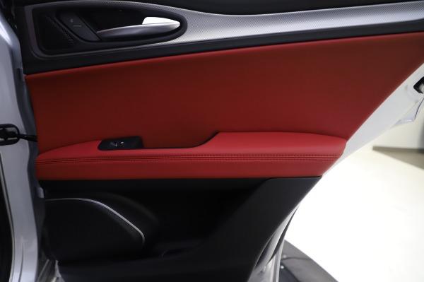 New 2020 Alfa Romeo Stelvio Ti Sport Q4 for sale $53,545 at Rolls-Royce Motor Cars Greenwich in Greenwich CT 06830 27