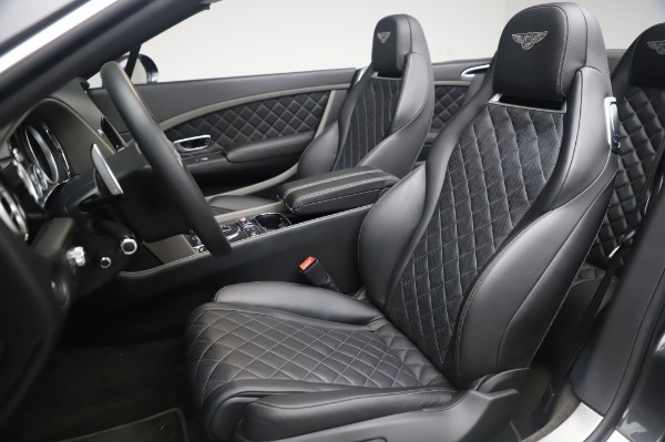 Used 2016 Bentley Continental GTC Speed for sale $146,900 at Rolls-Royce Motor Cars Greenwich in Greenwich CT 06830 19