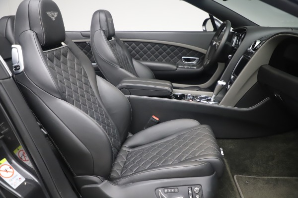 Used 2016 Bentley Continental GTC Speed for sale $146,900 at Rolls-Royce Motor Cars Greenwich in Greenwich CT 06830 24