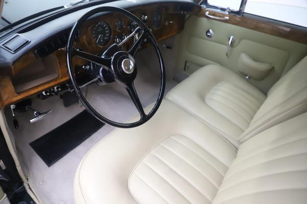 Used 1965 Rolls-Royce Silver Cloud III for sale $99,900 at Rolls-Royce Motor Cars Greenwich in Greenwich CT 06830 14