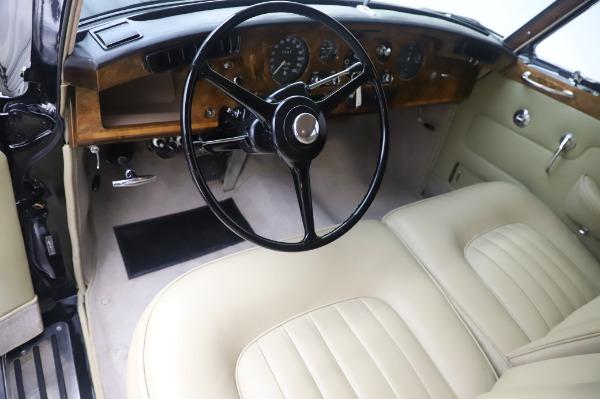 Used 1965 Rolls-Royce Silver Cloud III for sale $99,900 at Rolls-Royce Motor Cars Greenwich in Greenwich CT 06830 15