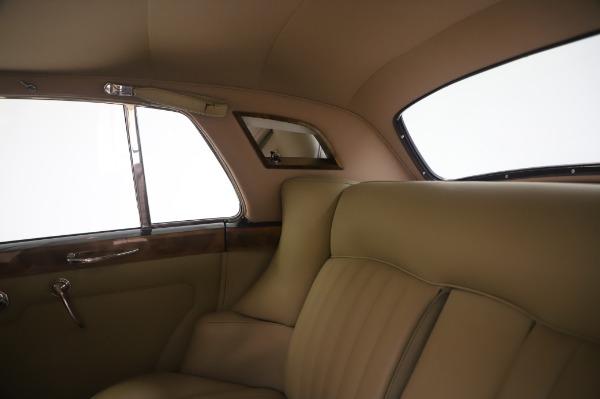 Used 1965 Rolls-Royce Silver Cloud III for sale $99,900 at Rolls-Royce Motor Cars Greenwich in Greenwich CT 06830 22