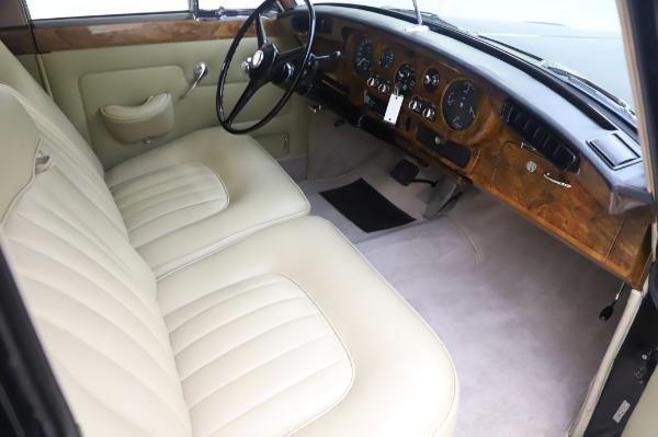 Used 1965 Rolls-Royce Silver Cloud III for sale $99,900 at Rolls-Royce Motor Cars Greenwich in Greenwich CT 06830 23