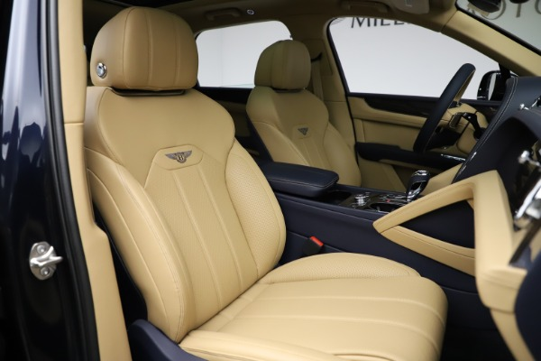New 2021 Bentley Bentayga V8 for sale Sold at Rolls-Royce Motor Cars Greenwich in Greenwich CT 06830 26