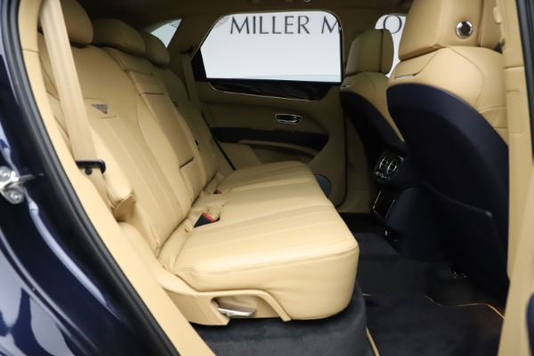 New 2021 Bentley Bentayga V8 for sale Sold at Rolls-Royce Motor Cars Greenwich in Greenwich CT 06830 28