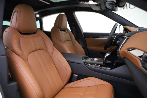 New 2020 Maserati Levante Q4 GranSport for sale $84,285 at Rolls-Royce Motor Cars Greenwich in Greenwich CT 06830 22
