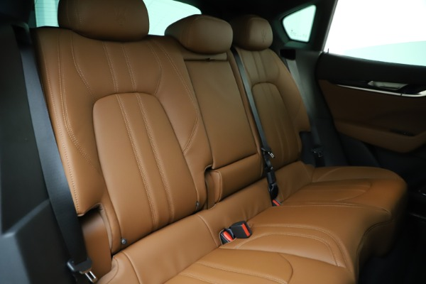New 2020 Maserati Levante Q4 GranSport for sale $84,285 at Rolls-Royce Motor Cars Greenwich in Greenwich CT 06830 26