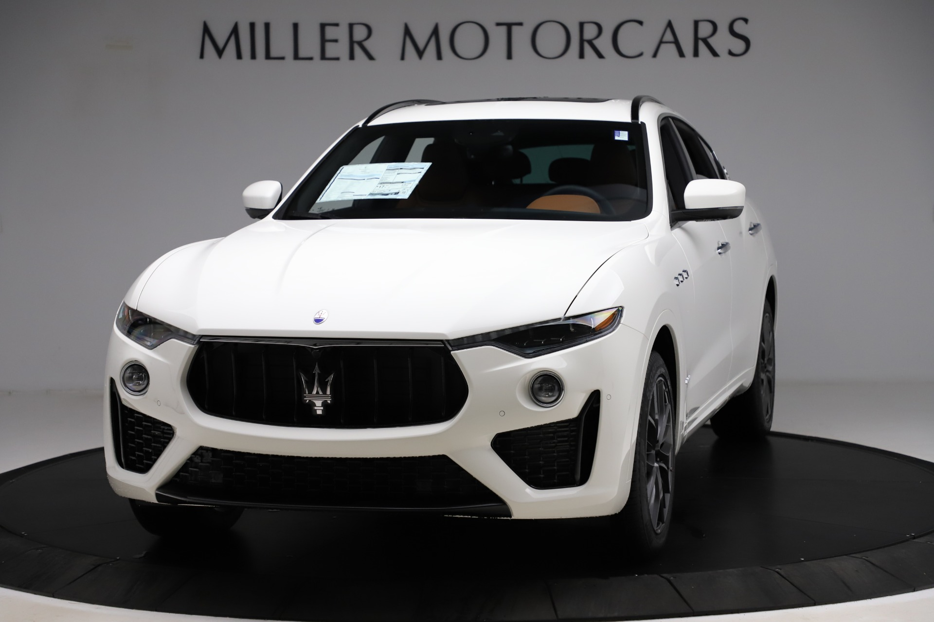 New 2020 Maserati Levante Q4 GranSport for sale $82,790 at Rolls-Royce Motor Cars Greenwich in Greenwich CT 06830 1