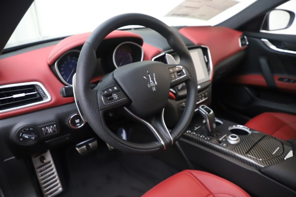 New 2020 Maserati Ghibli S Q4 GranSport for sale Sold at Rolls-Royce Motor Cars Greenwich in Greenwich CT 06830 16