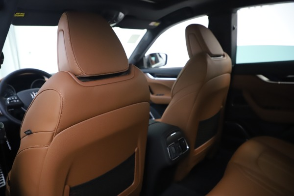 New 2020 Maserati Levante Q4 GranSport for sale Sold at Rolls-Royce Motor Cars Greenwich in Greenwich CT 06830 20