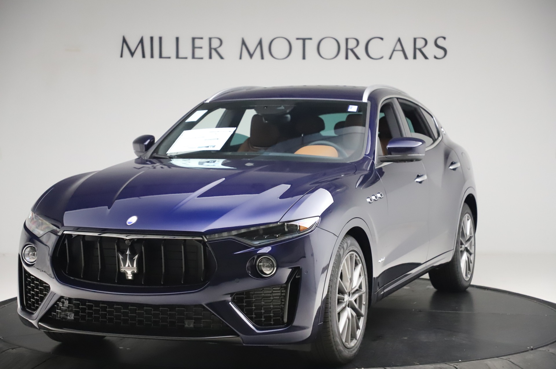New 2020 Maserati Levante Q4 GranSport for sale Sold at Rolls-Royce Motor Cars Greenwich in Greenwich CT 06830 1