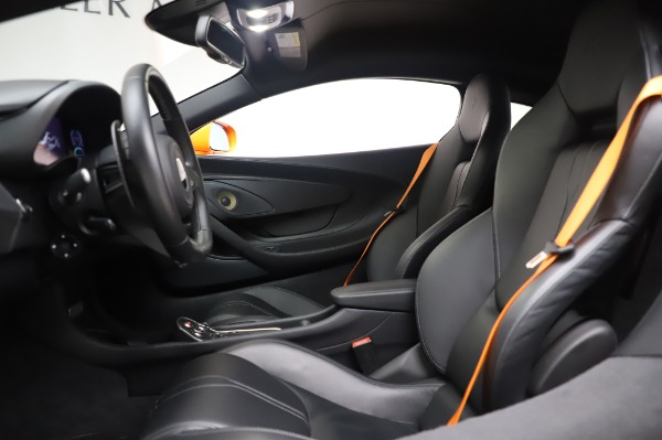 Used 2017 McLaren 570S Coupe for sale $149,900 at Rolls-Royce Motor Cars Greenwich in Greenwich CT 06830 17