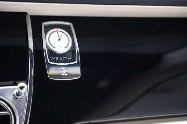 Used 2015 Rolls-Royce Wraith Base for sale $168,900 at Rolls-Royce Motor Cars Greenwich in Greenwich CT 06830 23