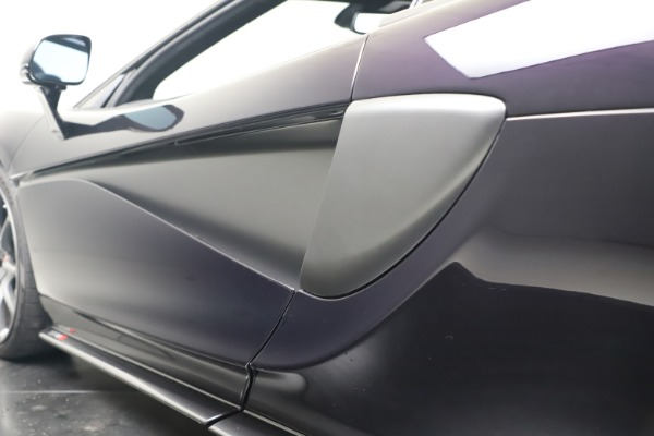 Used 2019 McLaren 570S Spider Convertible for sale $189,900 at Rolls-Royce Motor Cars Greenwich in Greenwich CT 06830 26
