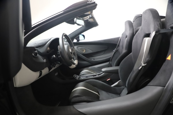 Used 2019 McLaren 570S Spider Convertible for sale $189,900 at Rolls-Royce Motor Cars Greenwich in Greenwich CT 06830 27