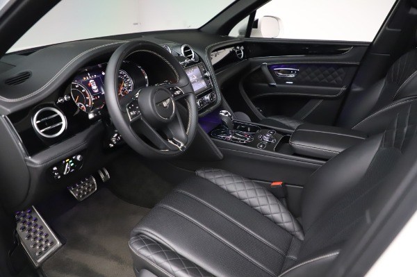 Used 2018 Bentley Bentayga Black Edition for sale $149,900 at Rolls-Royce Motor Cars Greenwich in Greenwich CT 06830 19