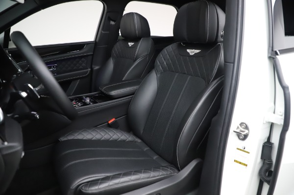Used 2018 Bentley Bentayga Black Edition for sale $149,900 at Rolls-Royce Motor Cars Greenwich in Greenwich CT 06830 21