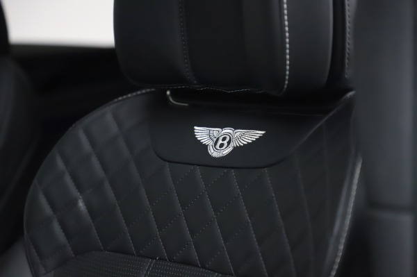 Used 2018 Bentley Bentayga Black Edition for sale $149,900 at Rolls-Royce Motor Cars Greenwich in Greenwich CT 06830 22