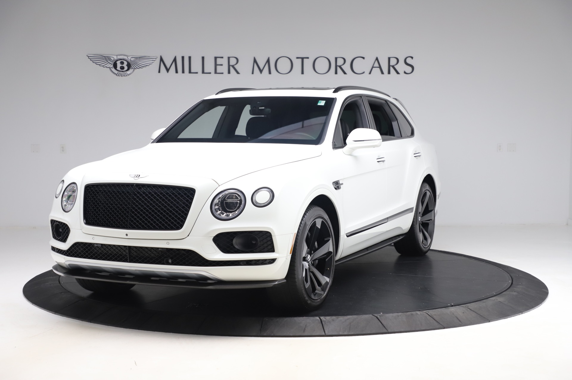 Used 2018 Bentley Bentayga Black Edition for sale $149,900 at Rolls-Royce Motor Cars Greenwich in Greenwich CT 06830 1