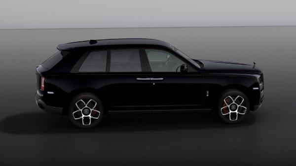 New 2021 Rolls-Royce Cullinan Black Badge for sale $439,700 at Rolls-Royce Motor Cars Greenwich in Greenwich CT 06830 5