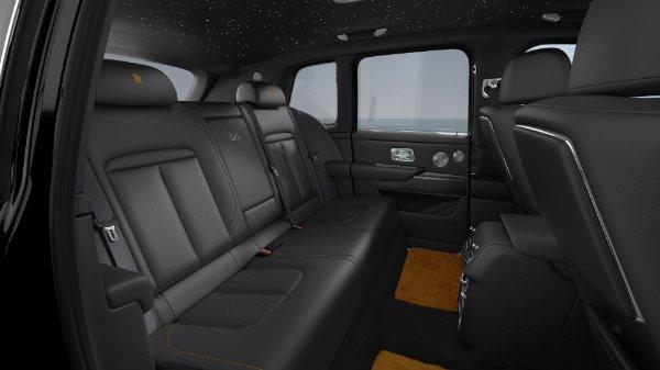 New 2021 Rolls-Royce Cullinan Black Badge for sale $439,700 at Rolls-Royce Motor Cars Greenwich in Greenwich CT 06830 8