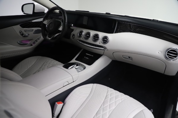 Used 2015 Mercedes-Benz S-Class S 550 4MATIC for sale Sold at Rolls-Royce Motor Cars Greenwich in Greenwich CT 06830 19