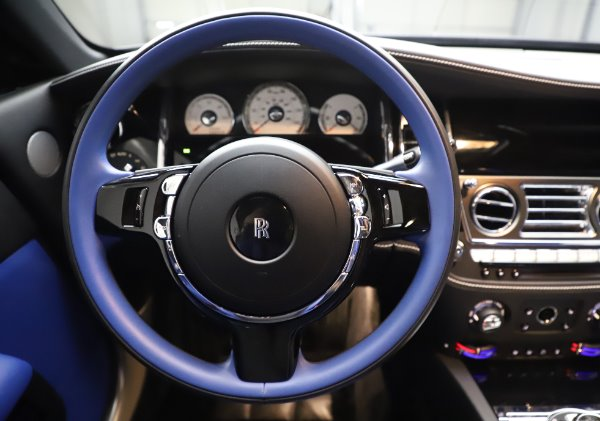 Used 2017 Rolls-Royce Wraith Black Badge for sale $269,900 at Rolls-Royce Motor Cars Greenwich in Greenwich CT 06830 16