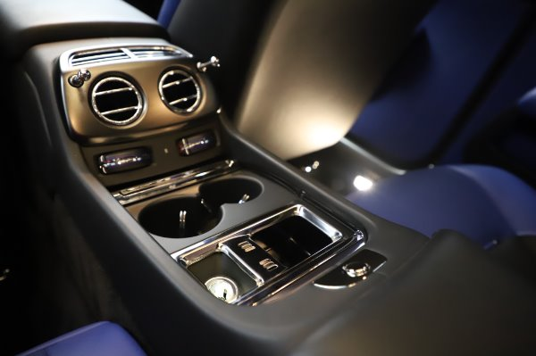 Used 2017 Rolls-Royce Wraith Black Badge for sale $269,900 at Rolls-Royce Motor Cars Greenwich in Greenwich CT 06830 26