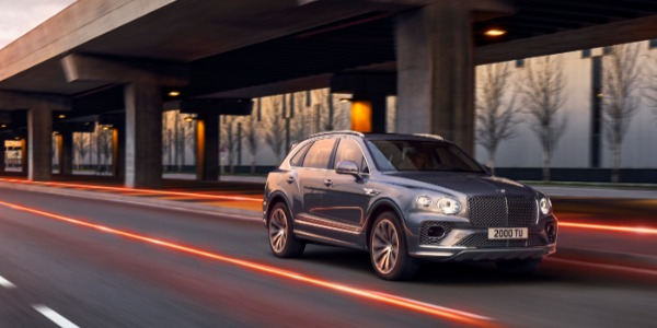 New 2021 Bentley Bentayga V8 for sale Call for price at Rolls-Royce Motor Cars Greenwich in Greenwich CT 06830 2