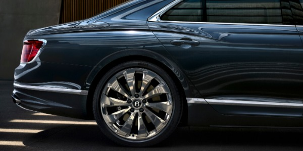 New 2021 Bentley Flying Spur W12 for sale Call for price at Rolls-Royce Motor Cars Greenwich in Greenwich CT 06830 3
