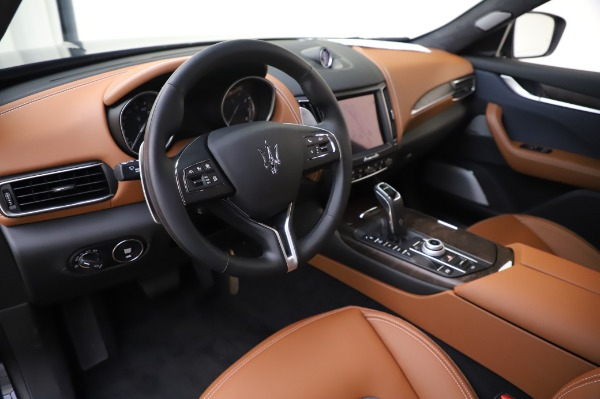 New 2020 Maserati Levante Q4 GranLusso for sale $88,635 at Rolls-Royce Motor Cars Greenwich in Greenwich CT 06830 13