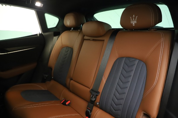 New 2020 Maserati Levante Q4 GranLusso for sale $88,635 at Rolls-Royce Motor Cars Greenwich in Greenwich CT 06830 18