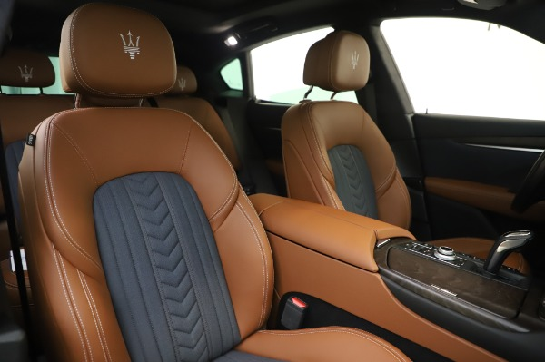 New 2020 Maserati Levante Q4 GranLusso for sale $88,635 at Rolls-Royce Motor Cars Greenwich in Greenwich CT 06830 22