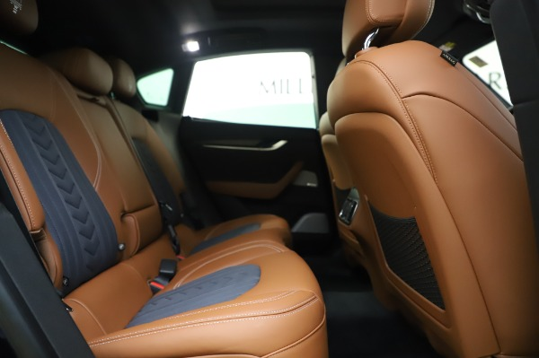 New 2020 Maserati Levante Q4 GranLusso for sale $88,635 at Rolls-Royce Motor Cars Greenwich in Greenwich CT 06830 27