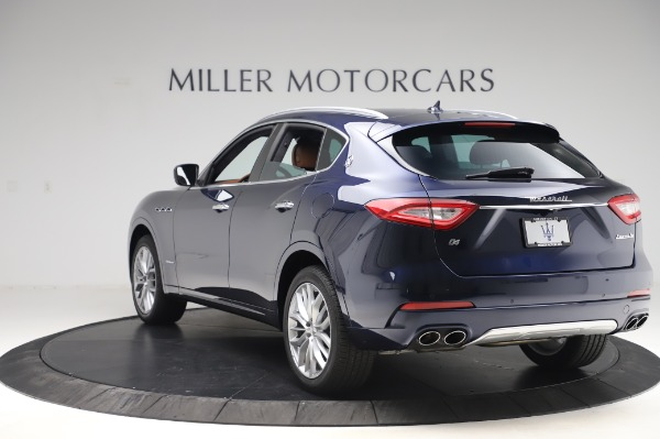 New 2020 Maserati Levante Q4 GranLusso for sale $88,635 at Rolls-Royce Motor Cars Greenwich in Greenwich CT 06830 5