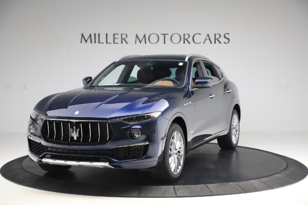 New 2020 Maserati Levante Q4 GranLusso for sale $88,635 at Rolls-Royce Motor Cars Greenwich in Greenwich CT 06830 1