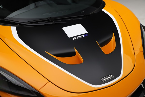 New 2020 McLaren 620R Coupe for sale Call for price at Rolls-Royce Motor Cars Greenwich in Greenwich CT 06830 17