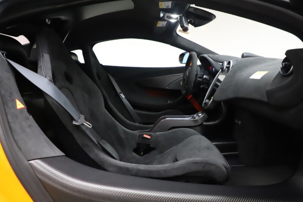 New 2020 McLaren 620R Coupe for sale Call for price at Rolls-Royce Motor Cars Greenwich in Greenwich CT 06830 26