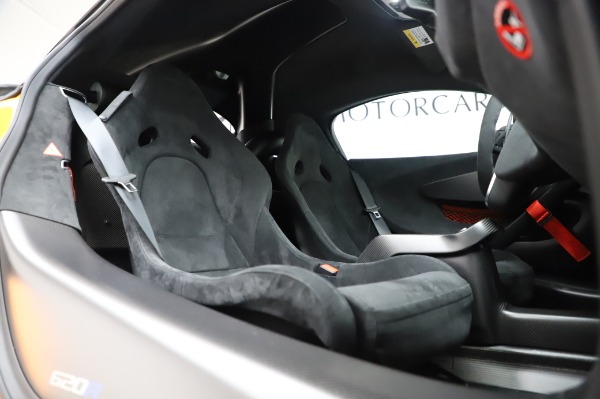 New 2020 McLaren 620R Coupe for sale Call for price at Rolls-Royce Motor Cars Greenwich in Greenwich CT 06830 27